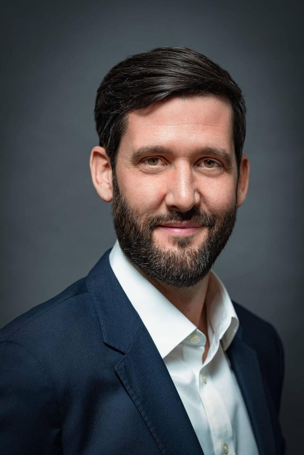 Barrett Esarey — Board of Directors